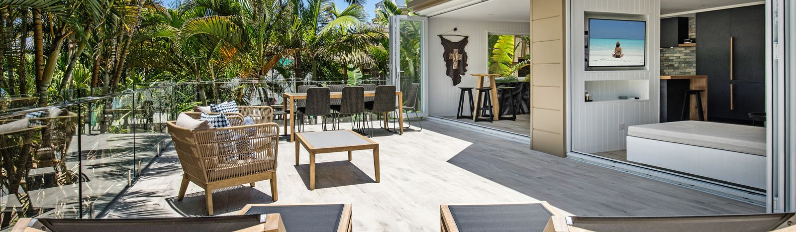 Noosa Luxury Holidays - 1-11 Belmore Terrace, Sunshine Beach - feature
