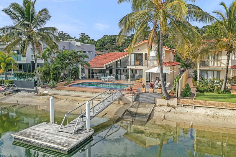 Outside of 23 mossman court niche luxury noosa accommodation
