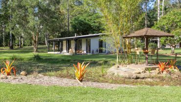 261 Dath Henderson Road – Cottages
