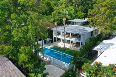 Arial view of 91 upper hasting street property in noosa heads