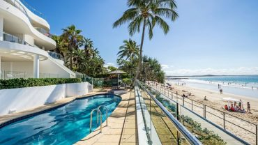 Noosa beach abodes – where you wake to the waves