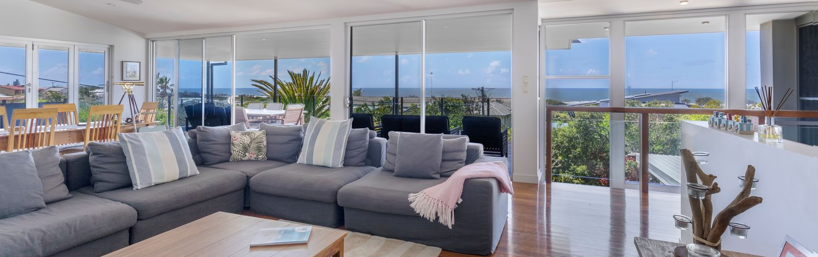 Noosa Luxury Holidays - 30 Avocet Parade, Peregian Beach - feature